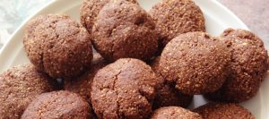 Clean'-Chewy-Choc-Cookies