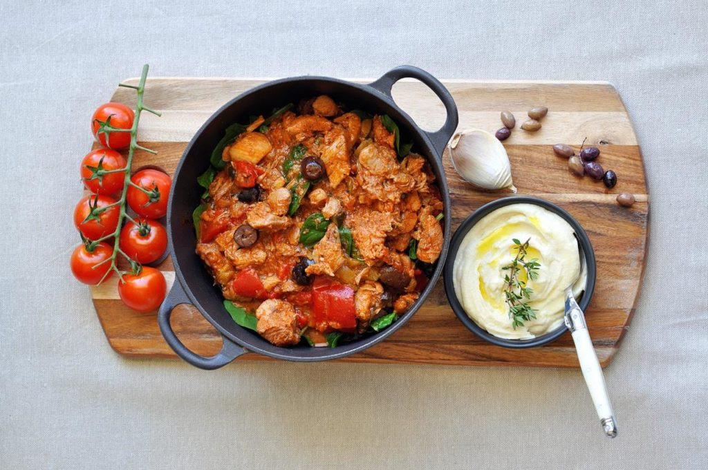 [Guest Post] LCHF Chicken Cacciatore with Velvety Cauliflower Puree from Thermo Foodie and The Chef
