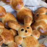 Easter-Bunny-Bread-Rolls_2-1
